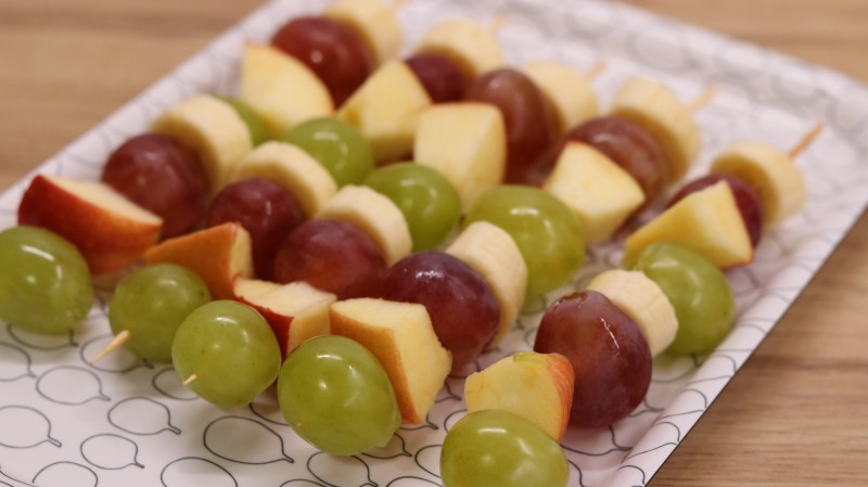 Simple fruit skewers for children's party